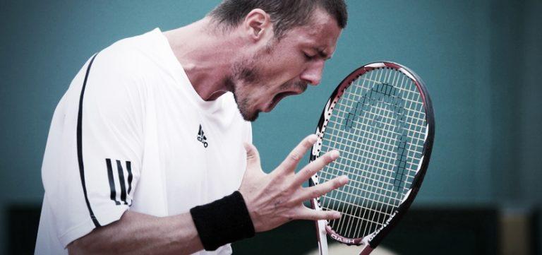 La colère sur le court de tennis peut être contenu